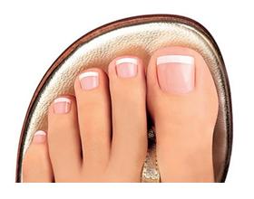 Деформация стопы, пальцев и ногтевой пластины.